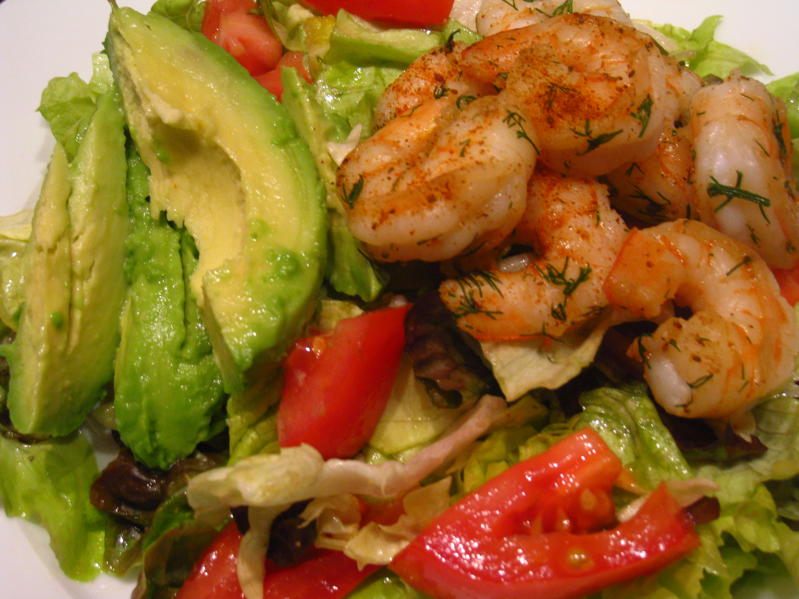Garlic-Black Pepper Shrimp & Avocado Salad Recipe — Dishmaps